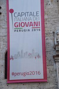 Perugia ist in diesem Jahr italienische Hauptstadt der Jugend In der Tat sind hier jede Menge junger Menschen